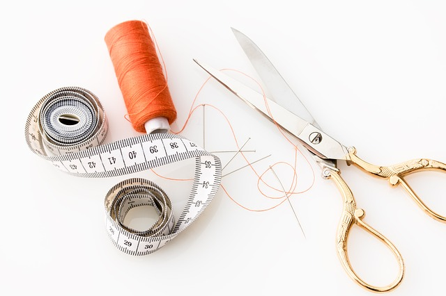 Tape Measure Scissors